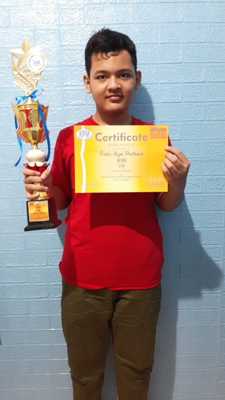 Siswa MTsN 7 Jakarta Raih Juara 1 Spelling Bee KPM Bekasi